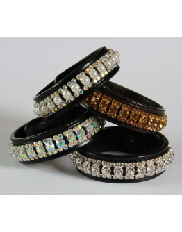 Armband läder 3 rader kristaller